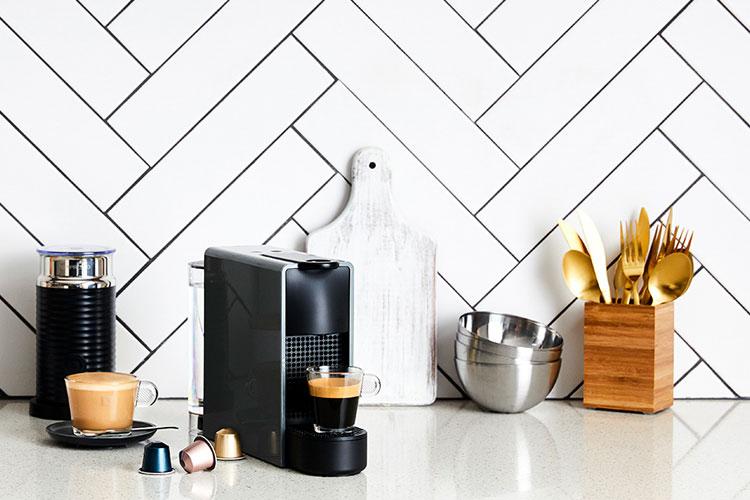 nespresso-krups-essenza-mini-aeroccino