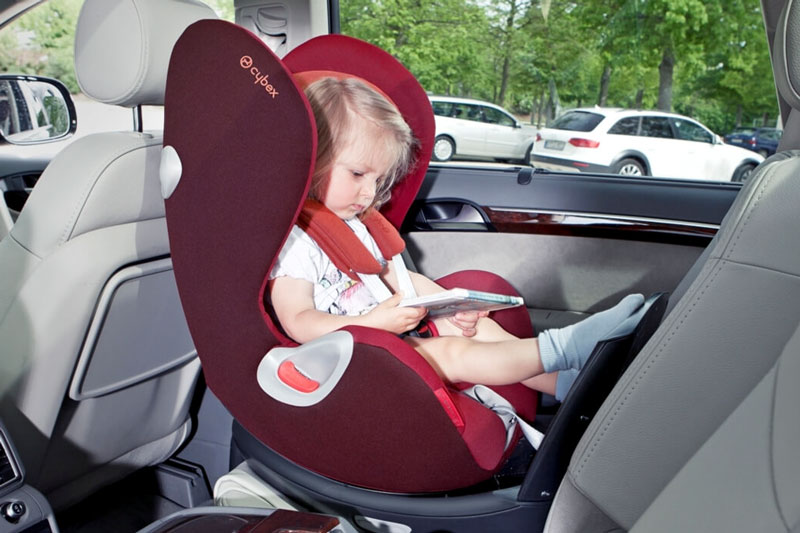 las-mejores-sillas-de-coche-para-bebe
